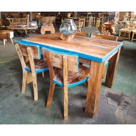 Zestaw stół z krzesłami z drewna odzyskanego