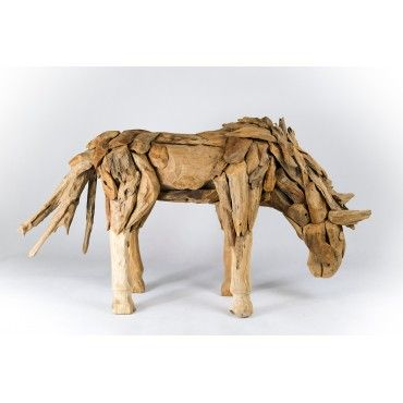 Rzeźba konia z odzyskanego...